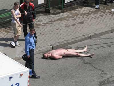 Ужгородских нудистов избили и изнасиловали сотрудники уголовного