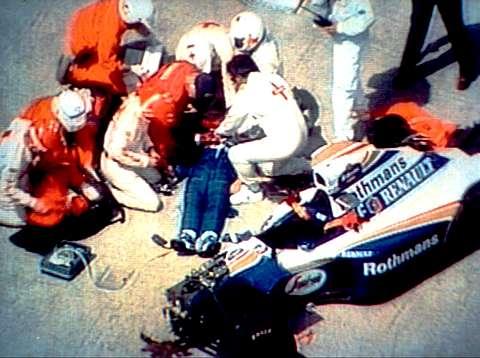 Айртон Сенна, пилот «Формулы-1», 34 года
