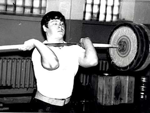Николай Груздев, тяжелоатлет, 52 года