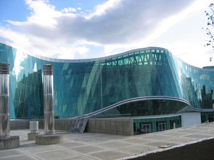 Новое здание МВД Грузии. «Прозрачность этого здания символизирует прозрачность полиции», утверждает Вано Мерабишвили. Фото: G.Ackerman/RFI