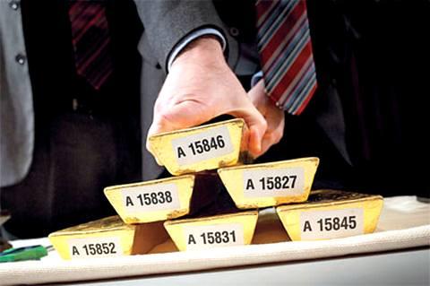 Ни платина, ни палладий, ни серебро не способны затмить блеск золота, на рост цены которого инвесторы рассчитывают уже в 2014 году