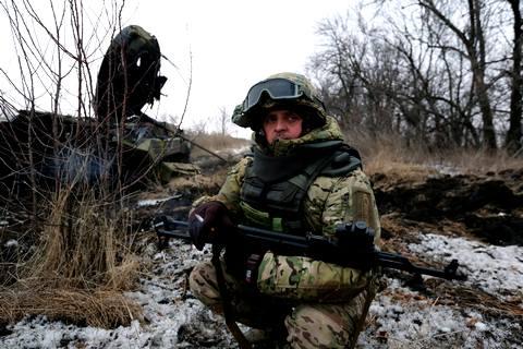Боевики обстреливают украинские позиции из 122-мм и 152-мм артиллерии, - спикер АТО - Цензор.НЕТ 6495