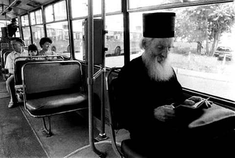 Сербский патриарх Павел ездил на троллейбусе