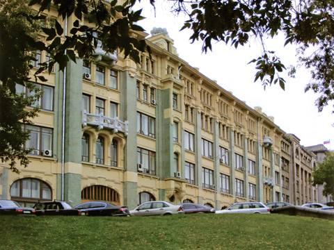 В этом здании когда-то сидели партийные боссы, теперь — Администрация Президента РФ. Фото предоставлено УДП РФ