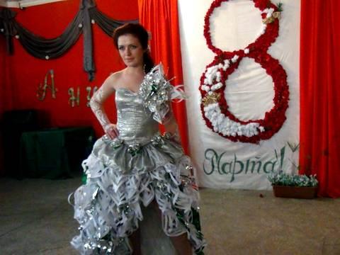 Платье из подручных материалов для девочки