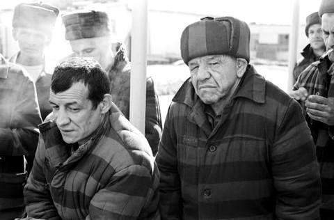 Фотографии сделаны в городе Ангарске, в зоне особого режима в 1988 году