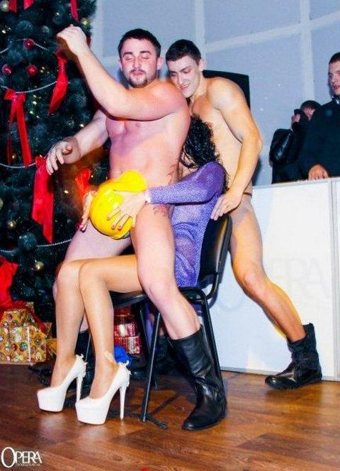 голые девушки в киевских ночных клубах