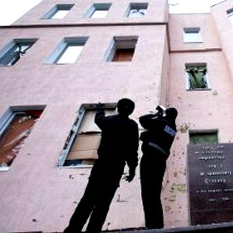 1 декабря 2010 года. Взрыв у здания Запорожского обкома КПУ уничтожил бюст диктатора