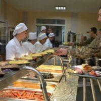 Почему провалена реформа армейского питания в ВСУ